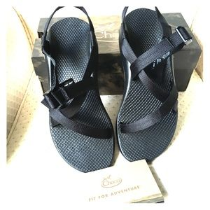 CHACOS BRAND NEW SZ 10